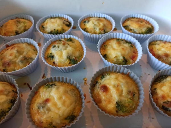 Rezept: Low Carb Ei-Gemüse Muffins